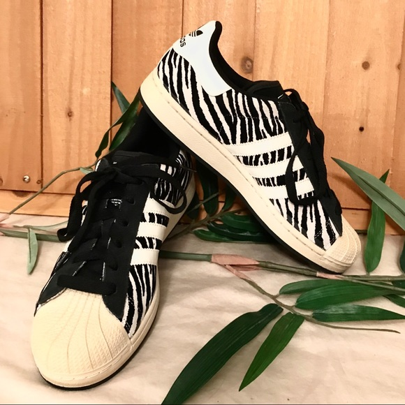 the latest 5224c d8ce9 Adidas Superstar 2 Trainers Sneakers Zebra Print